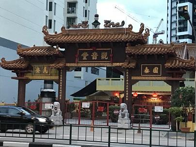 中華っぽい門.JPG