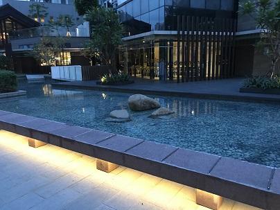 日本っぽい庭園?.JPG