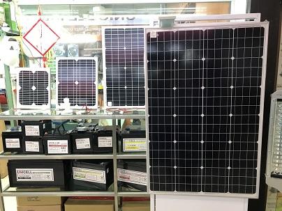 海外の太陽光パネル.JPG